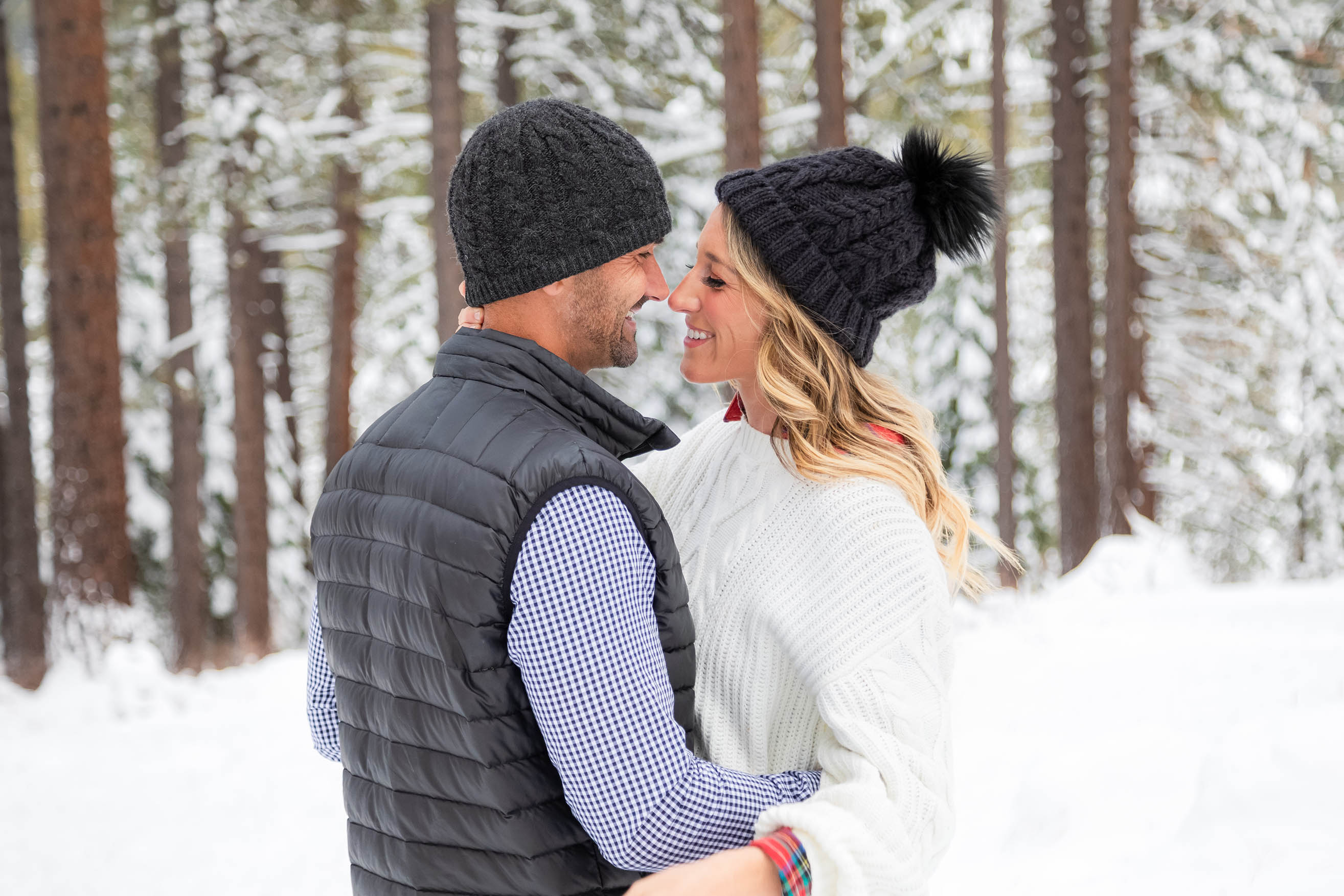 Lake Tahoe family winter photo session with Reno Tahoe Photographer